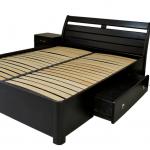 Кровати деревянные двуспальные. Кровати из массива дерева